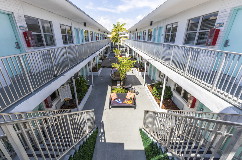 Seaside Aparments Courtyard. Second Floor View.